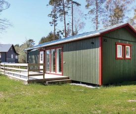 Three-Bedroom Holiday Home in Lottorp