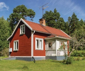 One-Bedroom Holiday Home in Morlunda